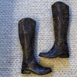 STEVE MADDEN distressed riding boots